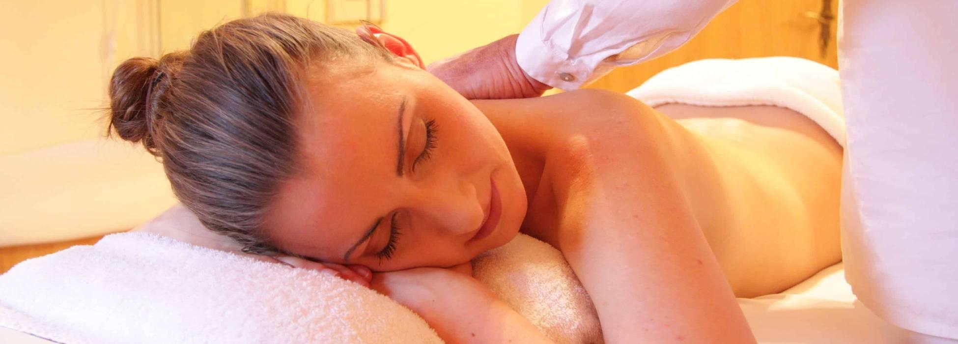 Sports Massage / Holistic Therapies